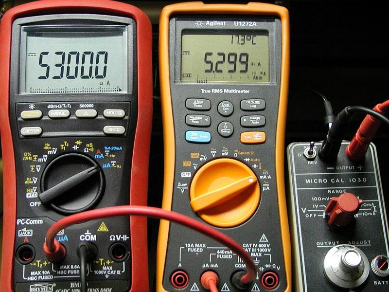 BM869 Multimeter